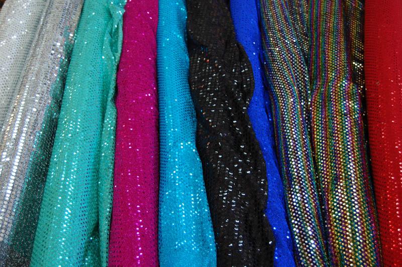 8 bellissimi abiti da ballo di paillettes lunghi