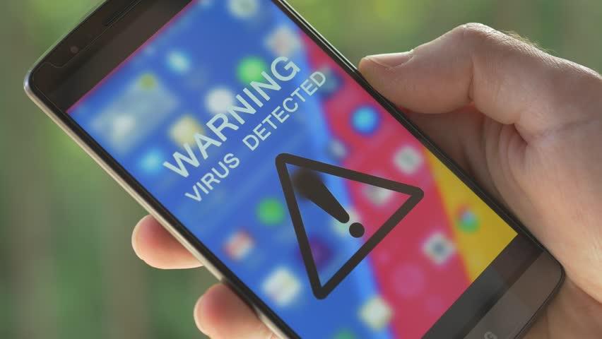 Virus smartphone, scarsa attenzione alla privacy ed ai rischi digitali